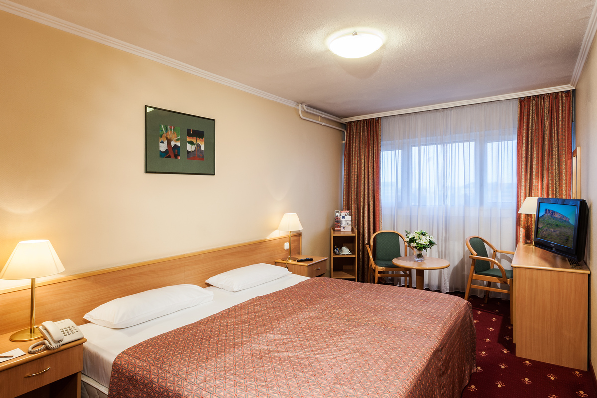 Standard izba s dvojlôžkovou posteľou